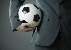 """Jugar partidos de fútbol – Nueva colaboración con la revista """"Legal Today"""""""